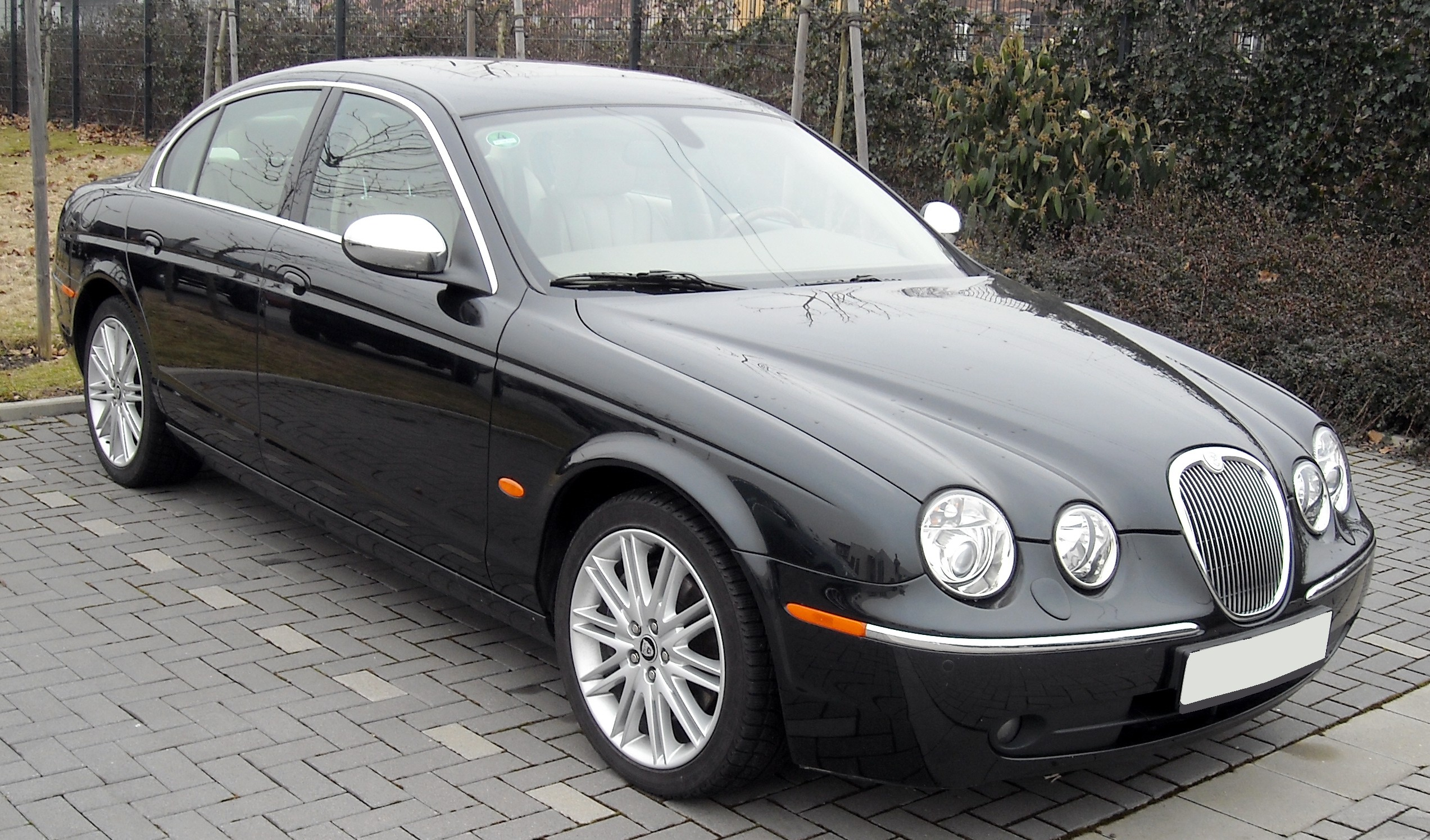 Jaguar S-Type #24