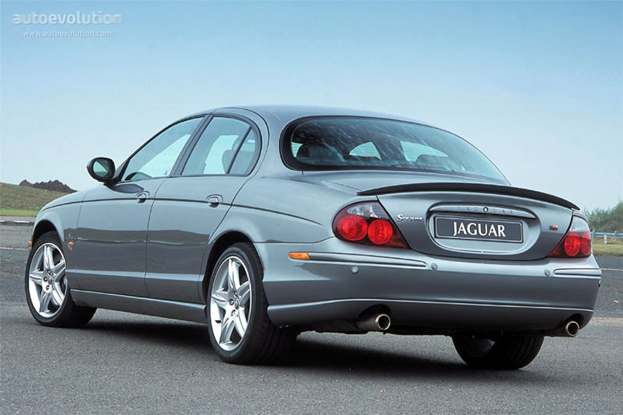 Jaguar S-Type #26