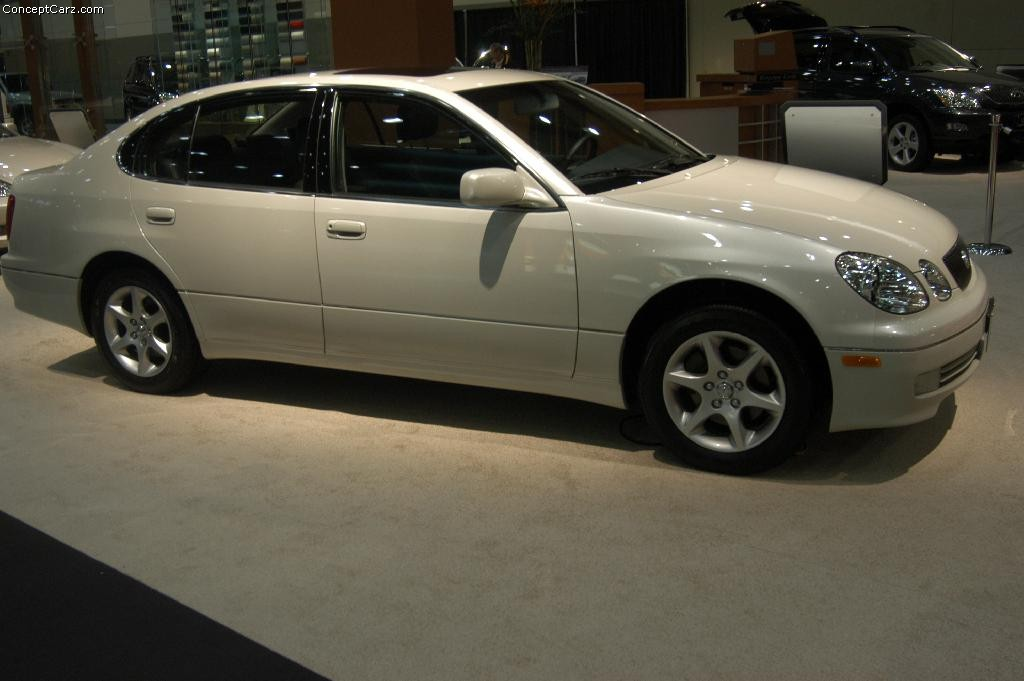 2004 Lexus GS 300 - Information and photos - ZombieDrive