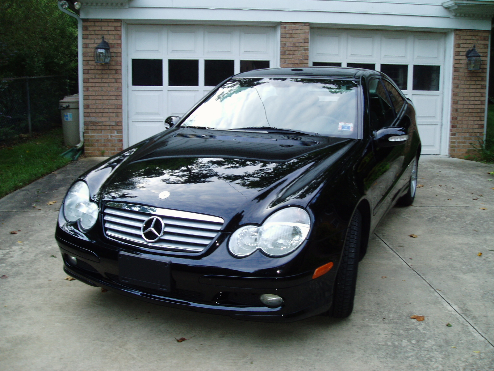 2004 Mercedes-Benz C-Class #2 Mercedes-Benz C-Class #2