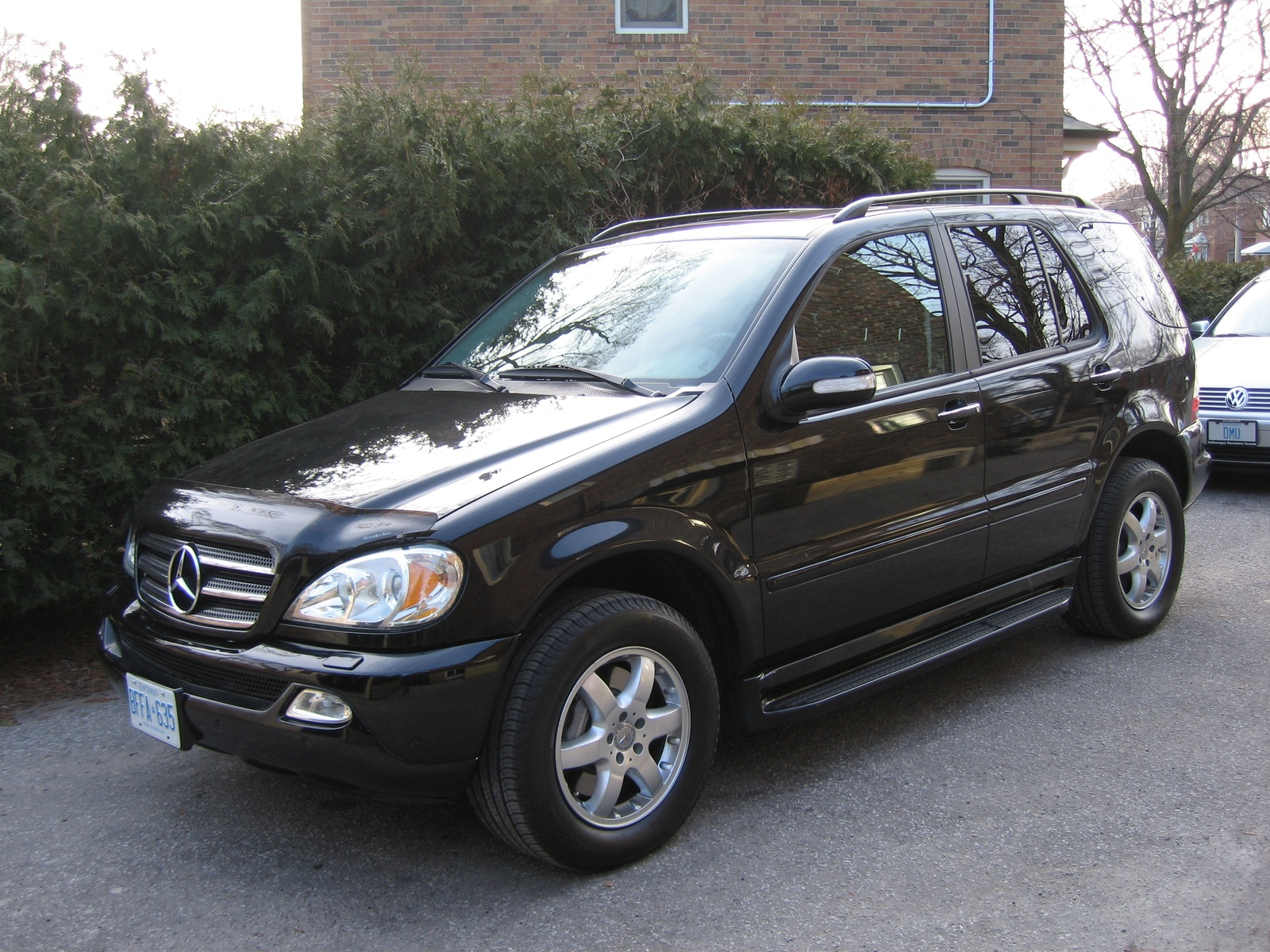 2004 mercedes benz m class image 4 for Pictures of mercedes benz suv