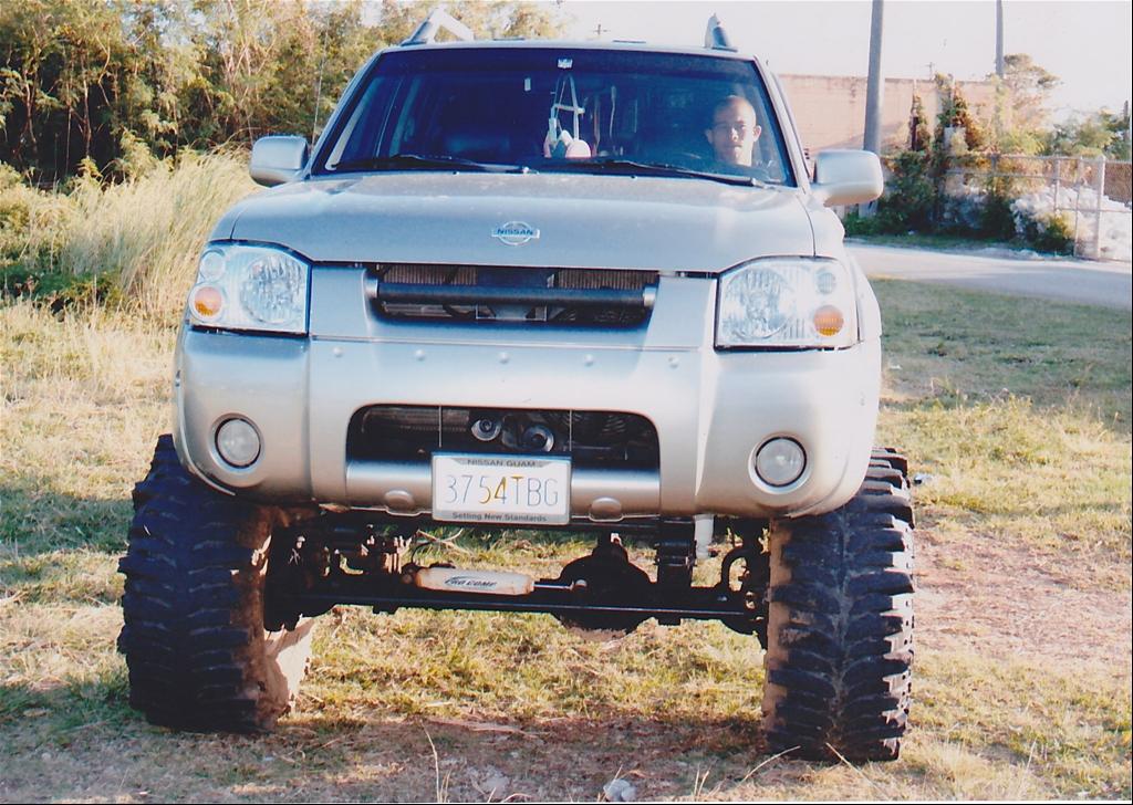 2004 Nissan Frontier Image 18