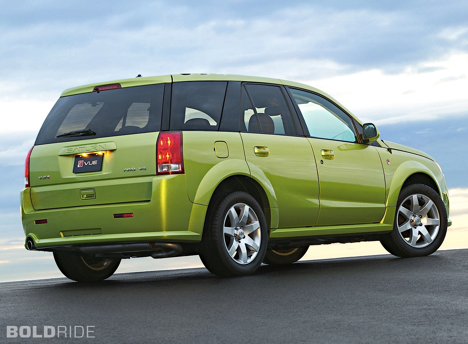 Saturn saturn 2004 : 2004 Saturn VUE - Information and photos - ZombieDrive