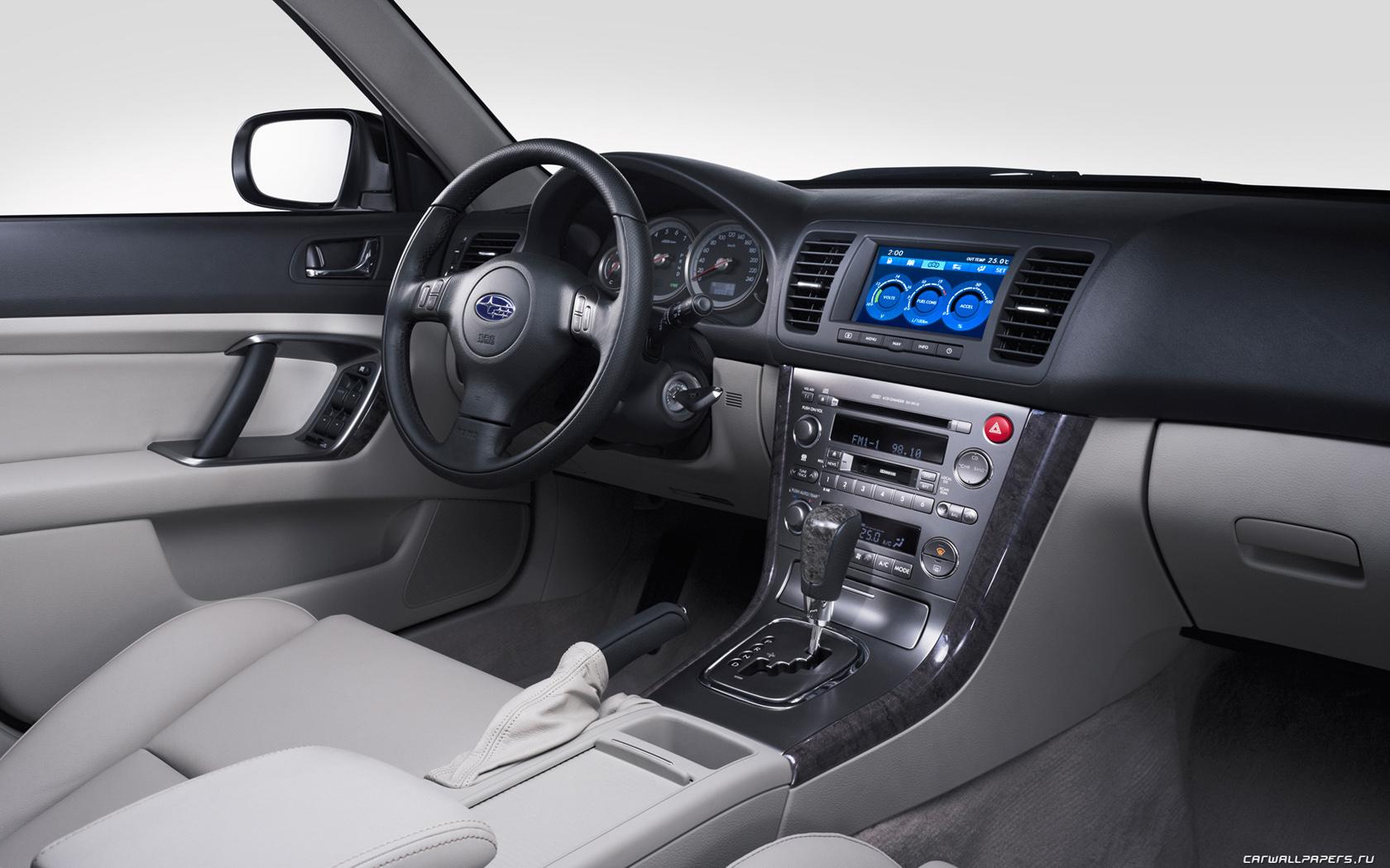 2004 Subaru Outback Image 20