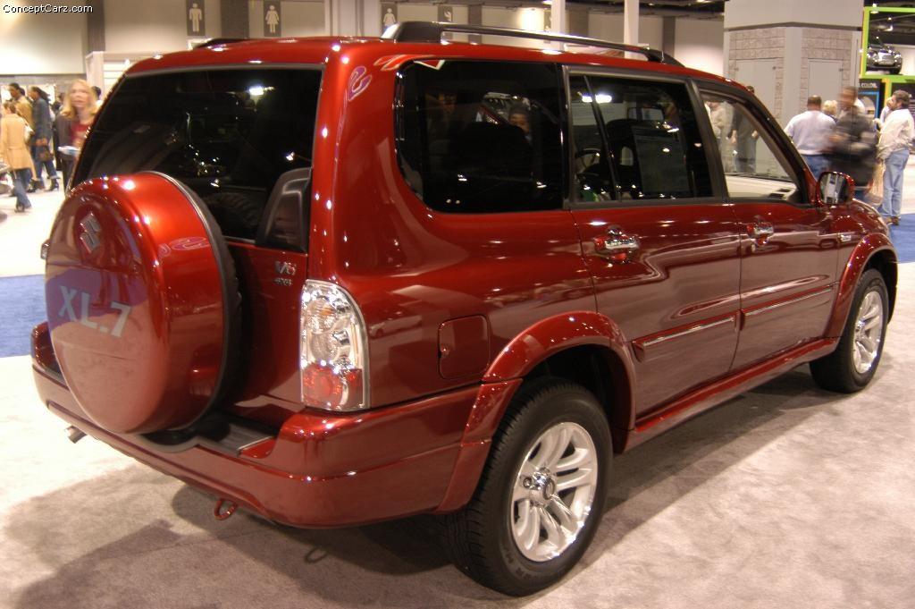 2004 Suzuki XL-7 - Information and photos ...