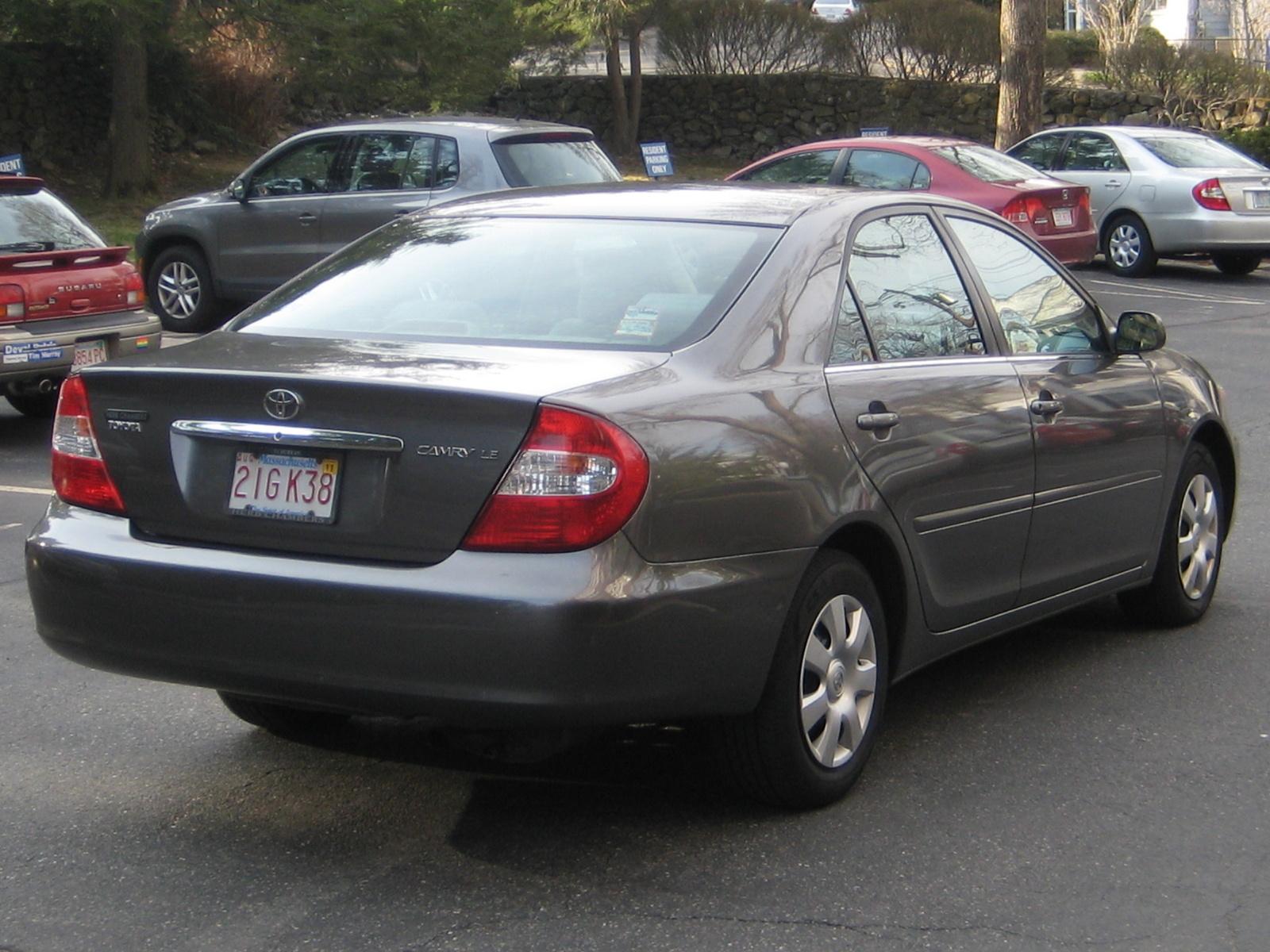 2004 Toyota Camry Image 19