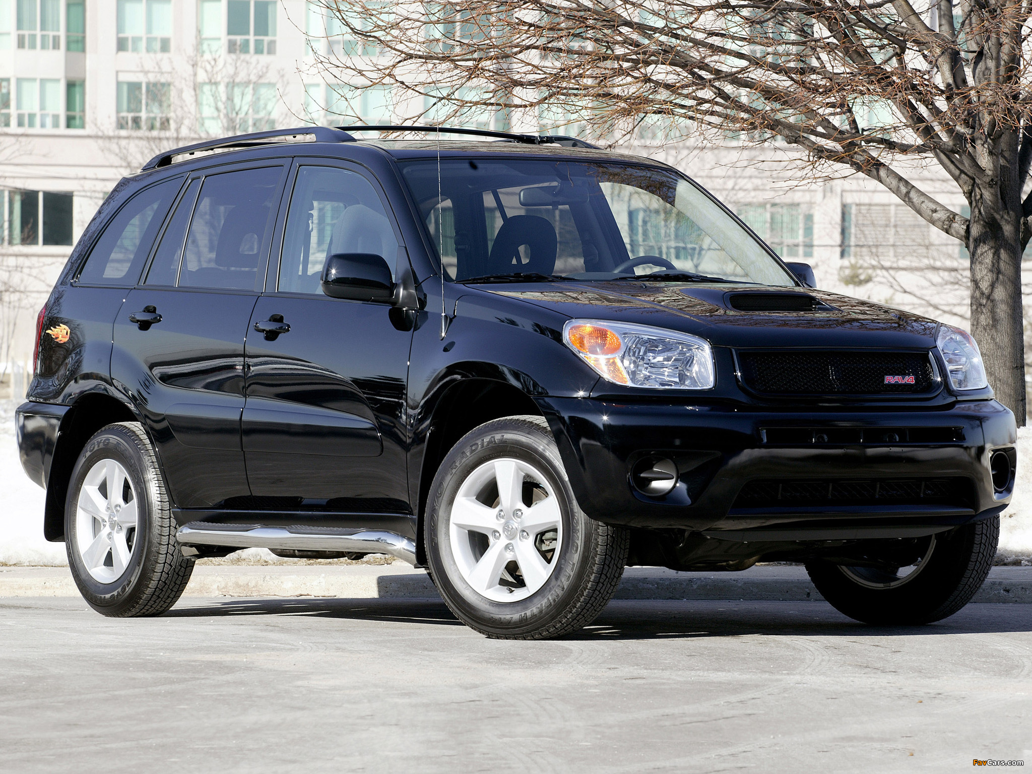2004 toyota rav4 information and photos zombiedrive. Black Bedroom Furniture Sets. Home Design Ideas