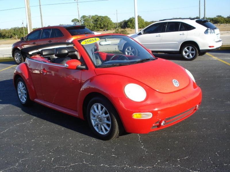 2004 Volkswagen New Beetle Image 13