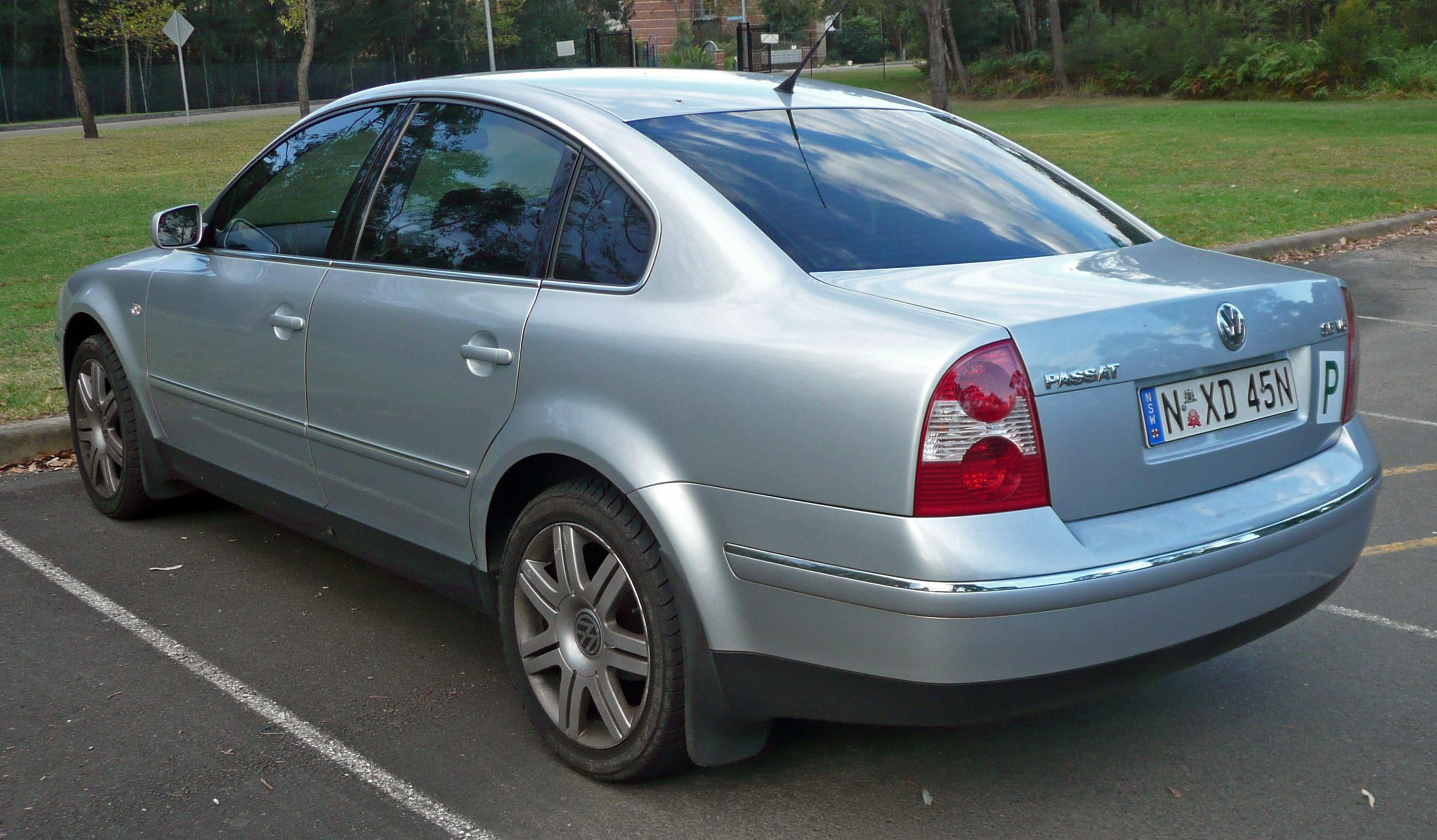 2004 Volkswagen Passat  Information and photos  ZombieDrive
