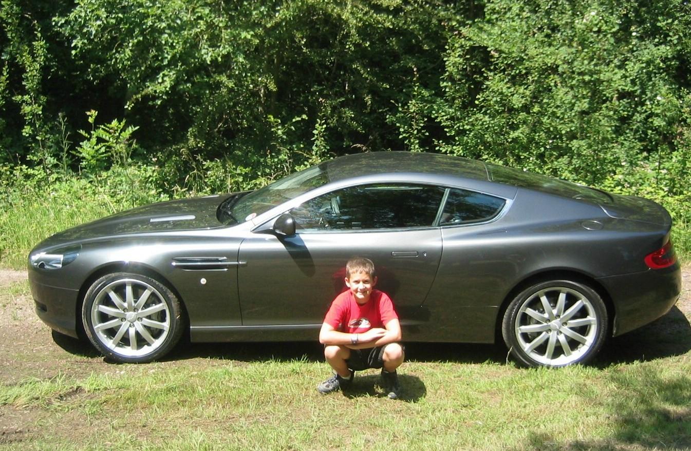 2005 Aston Martin Db9 Image 14