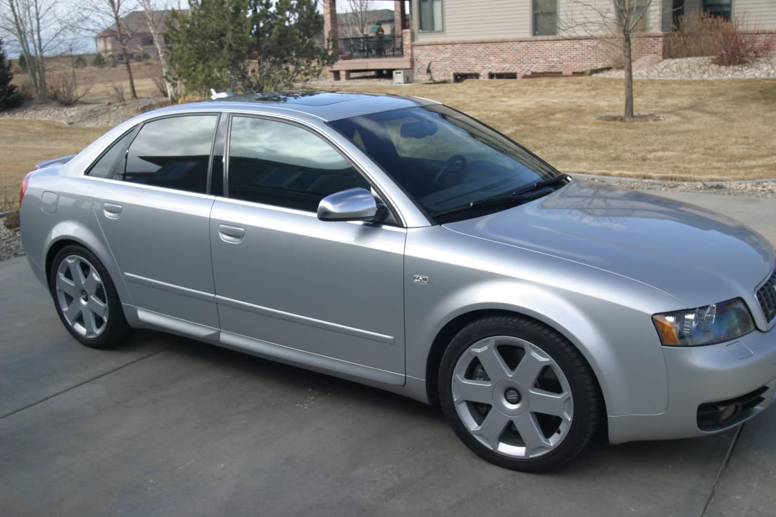 2005 Audi S4 Image 16