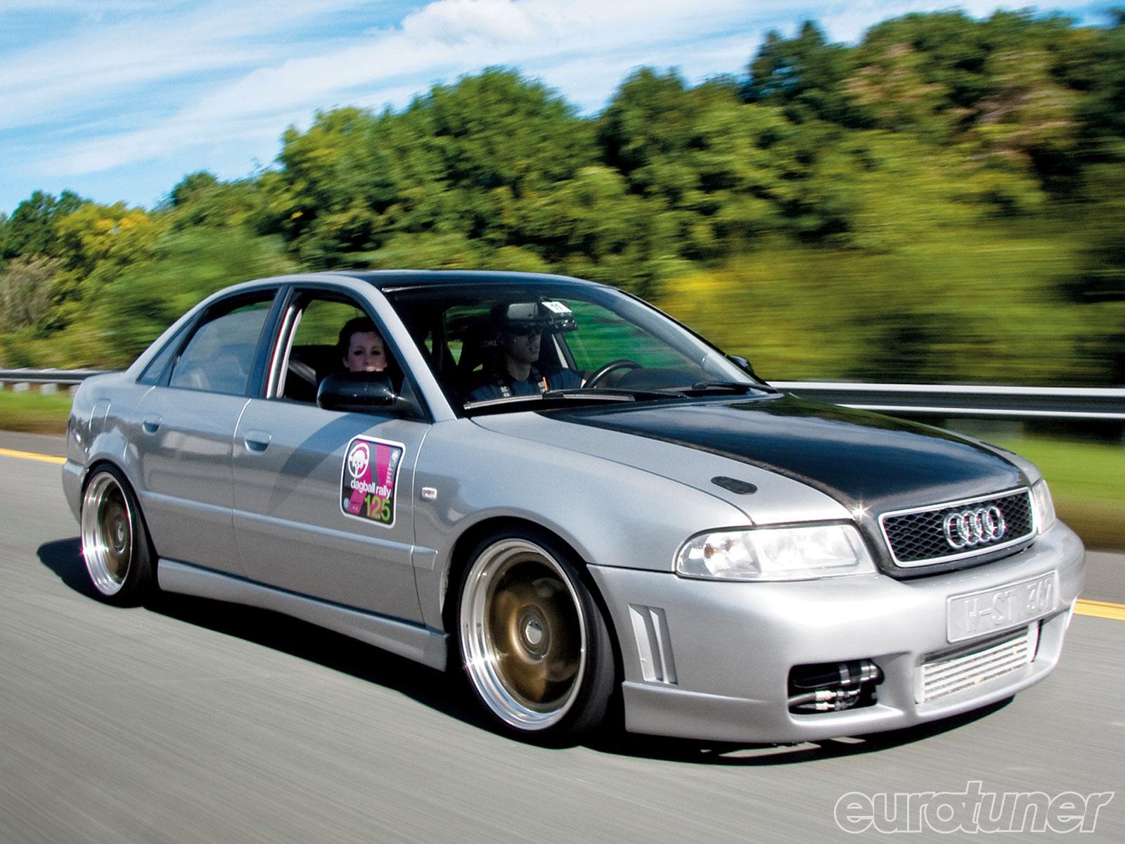 2005 Audi S4 Image 17