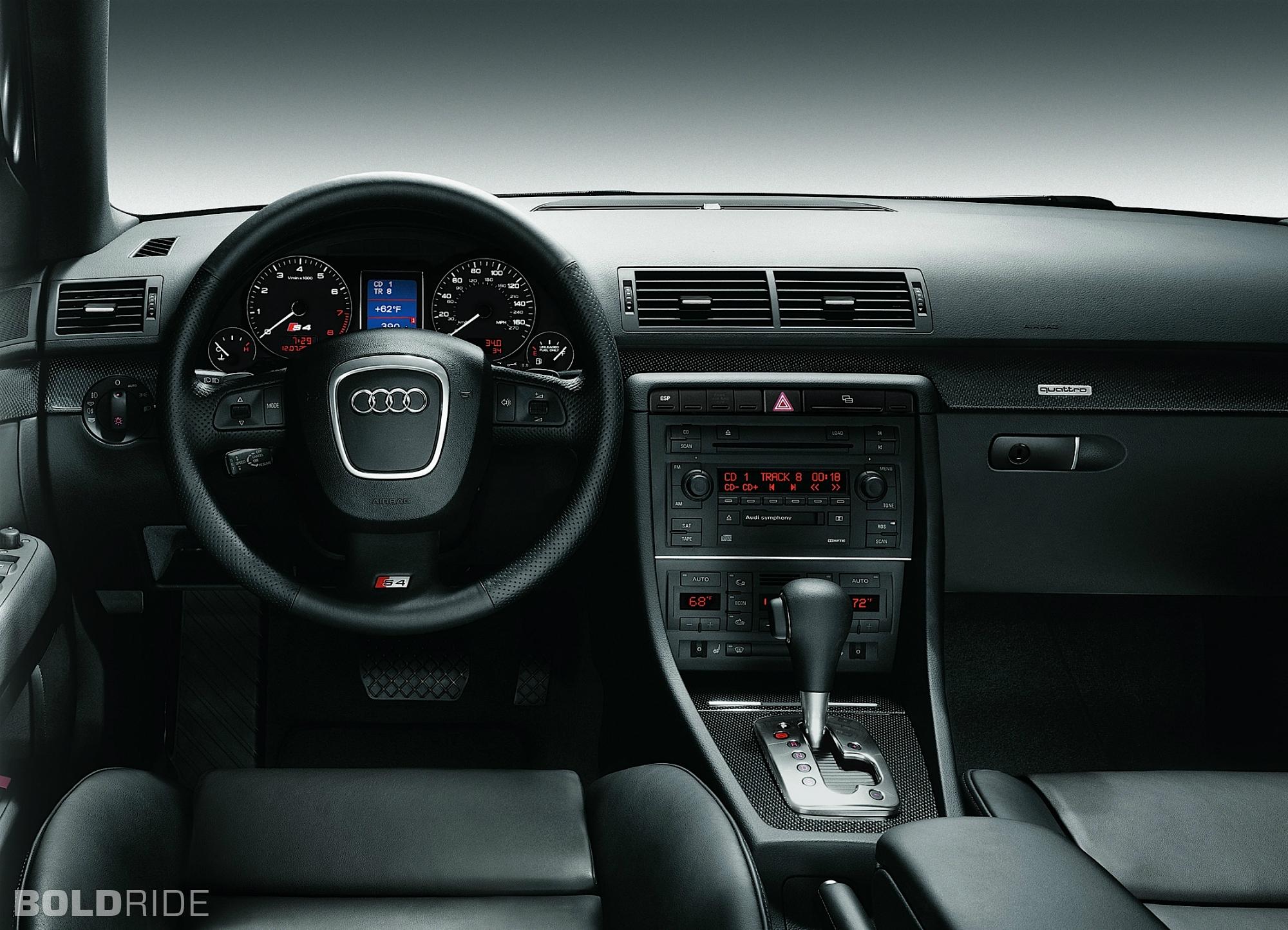 2005 Audi S4 Image 13