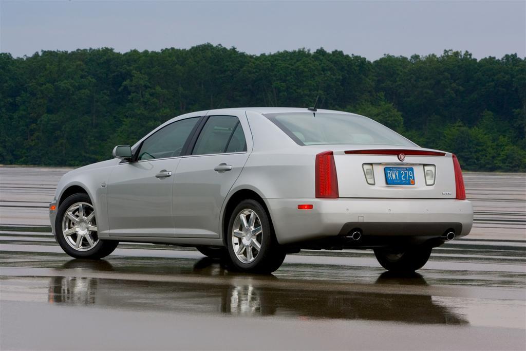 2005 Cadillac Sts Image 2