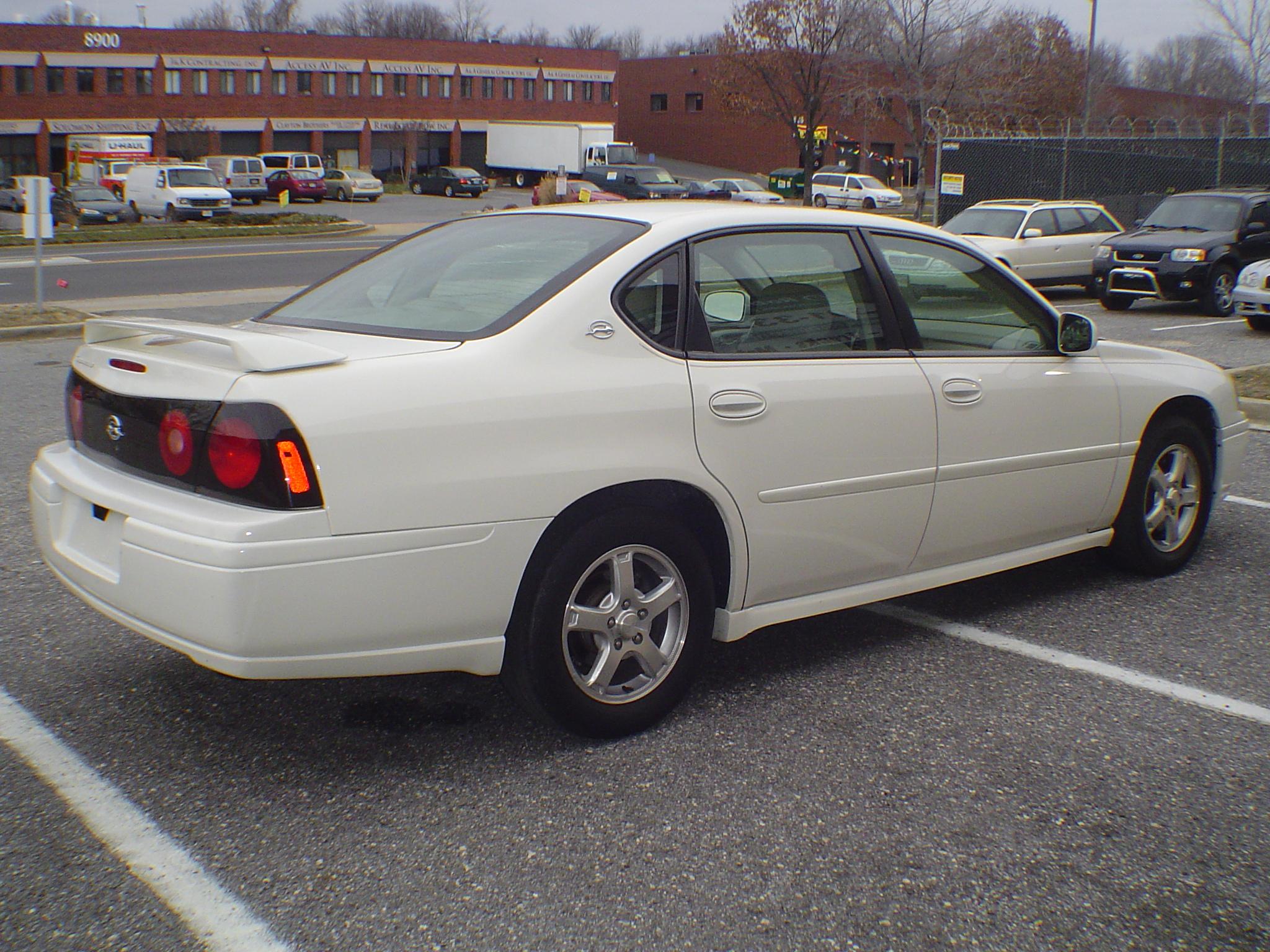 2005 Chevrolet Impala Image 24