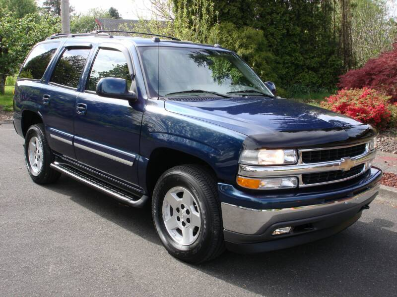 2005 chevrolet tahoe information and photos zombiedrive. Black Bedroom Furniture Sets. Home Design Ideas
