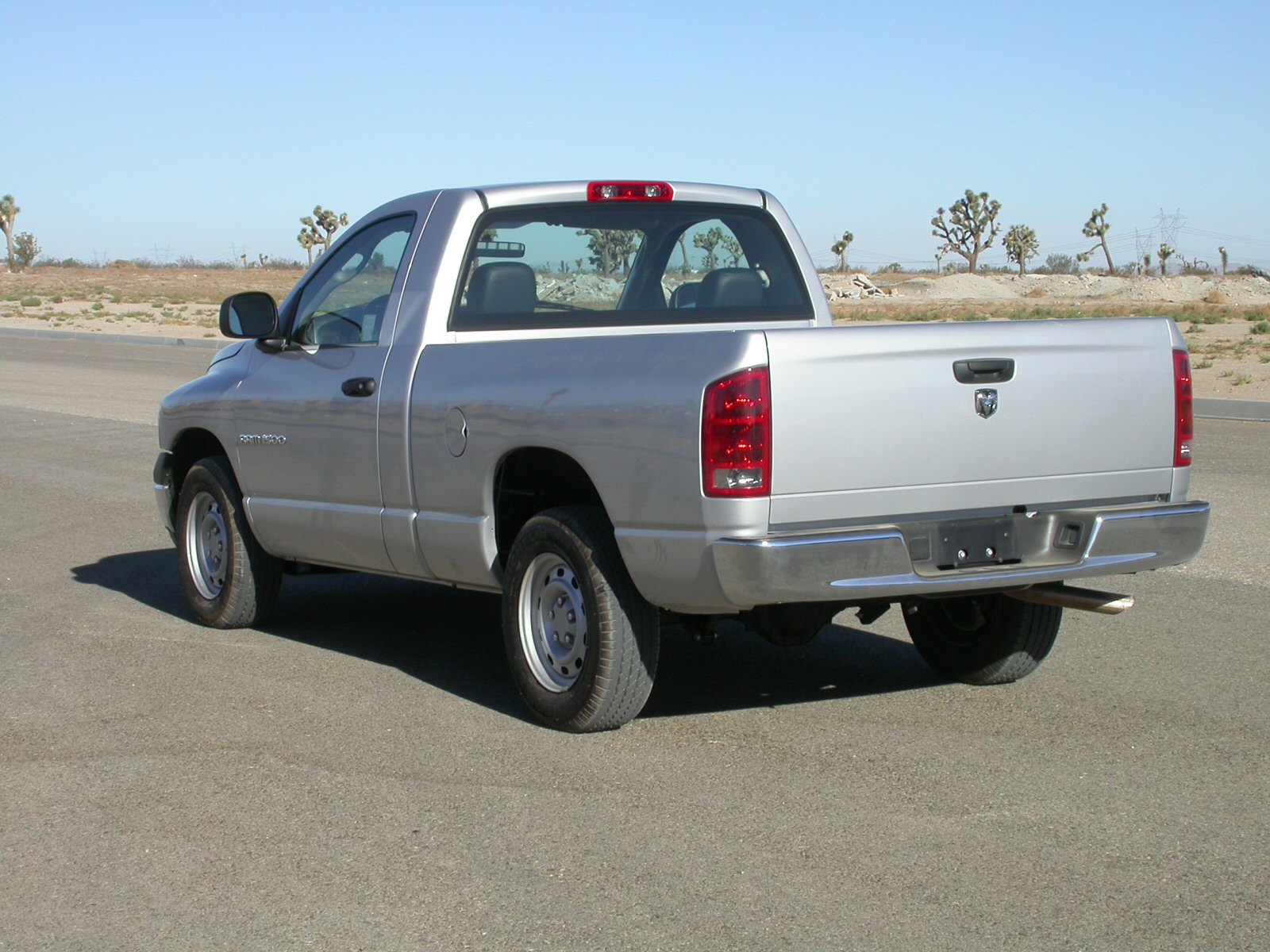 2005 Dodge Ram Pickup 1500 Information And Photos Zombiedrive Silver Hemi 21