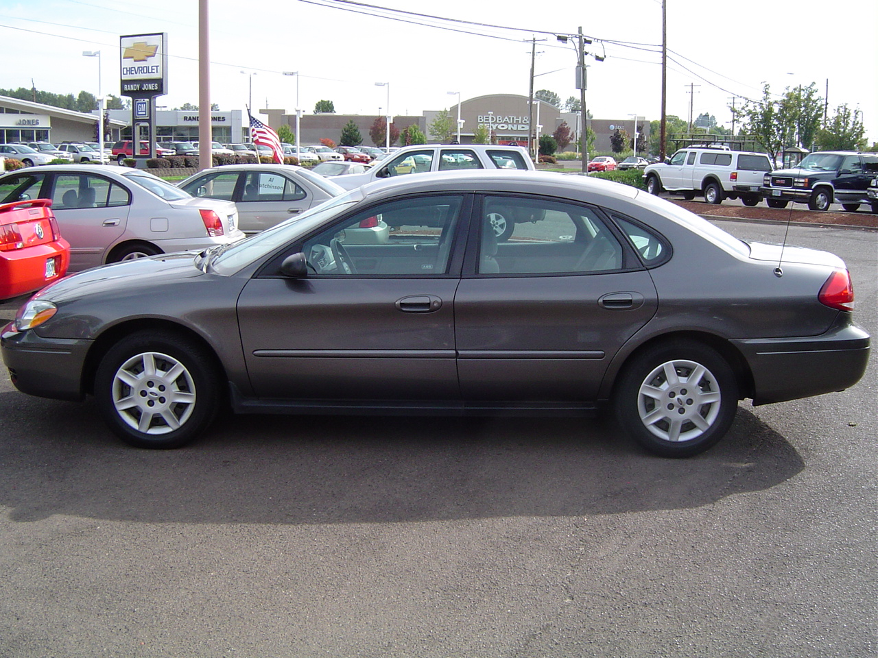 2005 Ford Taurus Image 11