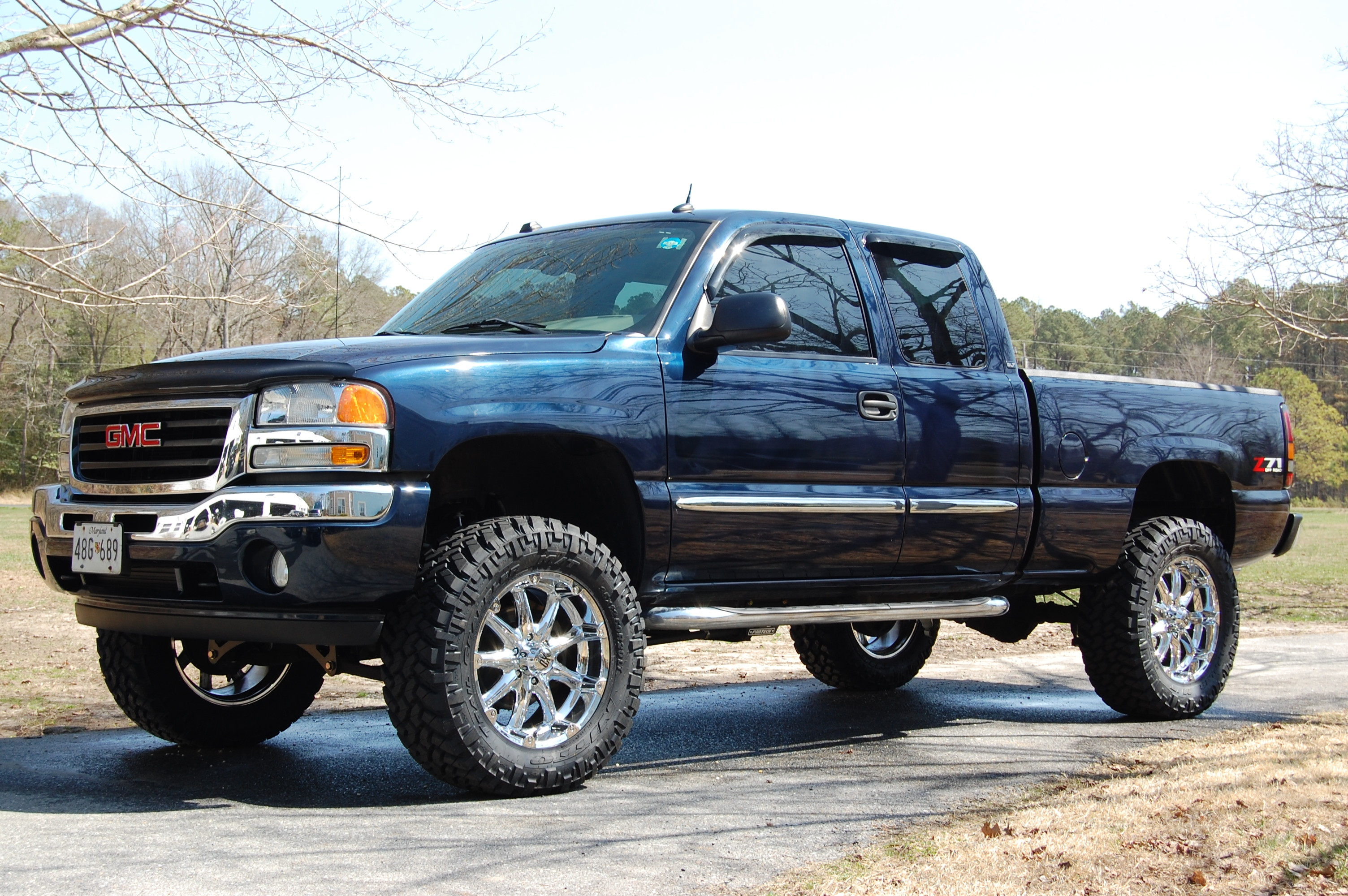 2000 Chevy Silverado 2500 4x4 2005 GMC Sierra 1500 - Information and photos - ZombieDrive
