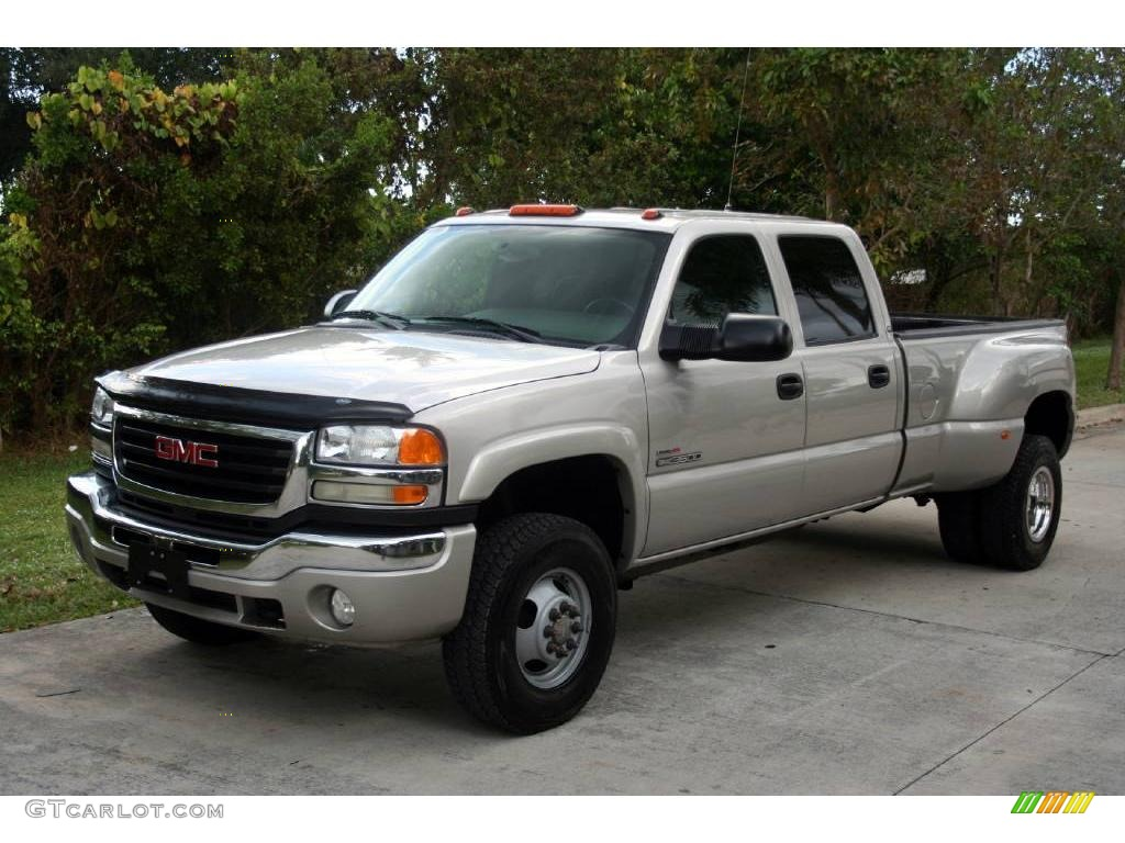 2005 gmc sierra 3500 information and photos zombiedrive. Black Bedroom Furniture Sets. Home Design Ideas