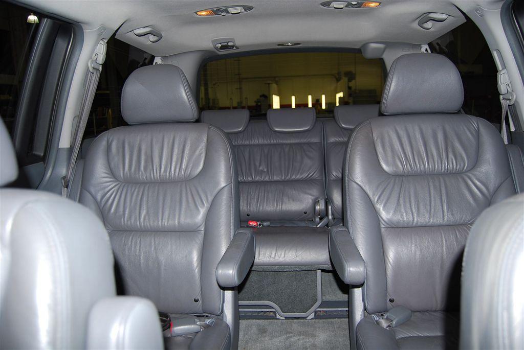 2005 Honda Odyssey Image 10
