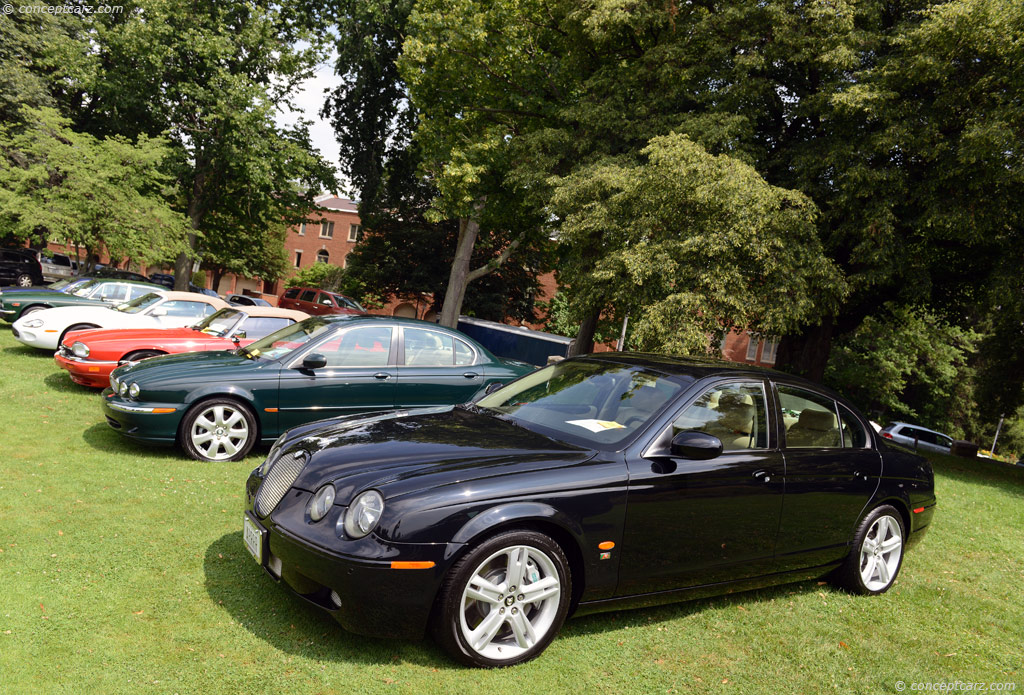 2005 Jaguar S Type Information And Photos Zombiedrive