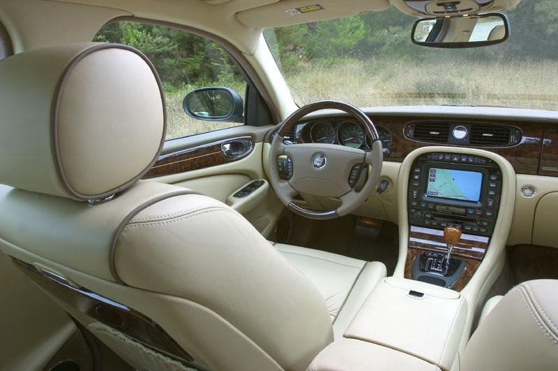 2005 Jaguar Xj Series Information And Photos Zombiedrive