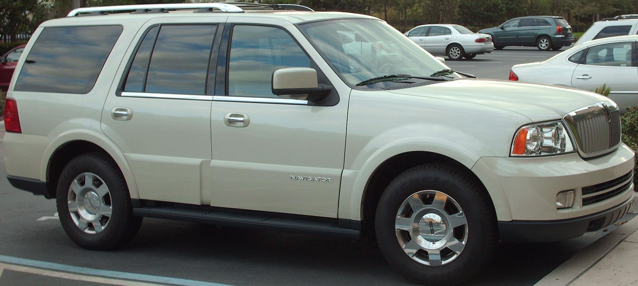 2005 Lincoln Navigator Image 15