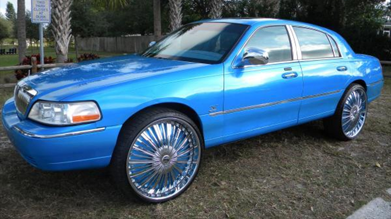 2005 lincoln town car blue 200 interior and exterior images. Black Bedroom Furniture Sets. Home Design Ideas