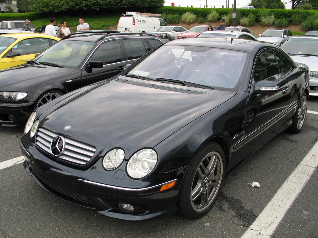 2005 mercedes benz cl class information and photos for Mercedes benz 2005