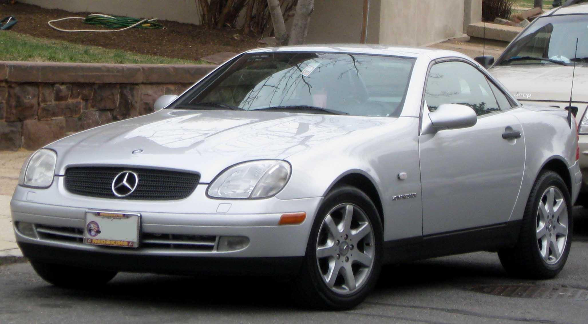 2005 Mercedes Benz Slk Class Information And Photos Zombiedrive