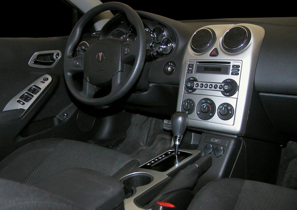 2005 Pontiac G6 Image 8