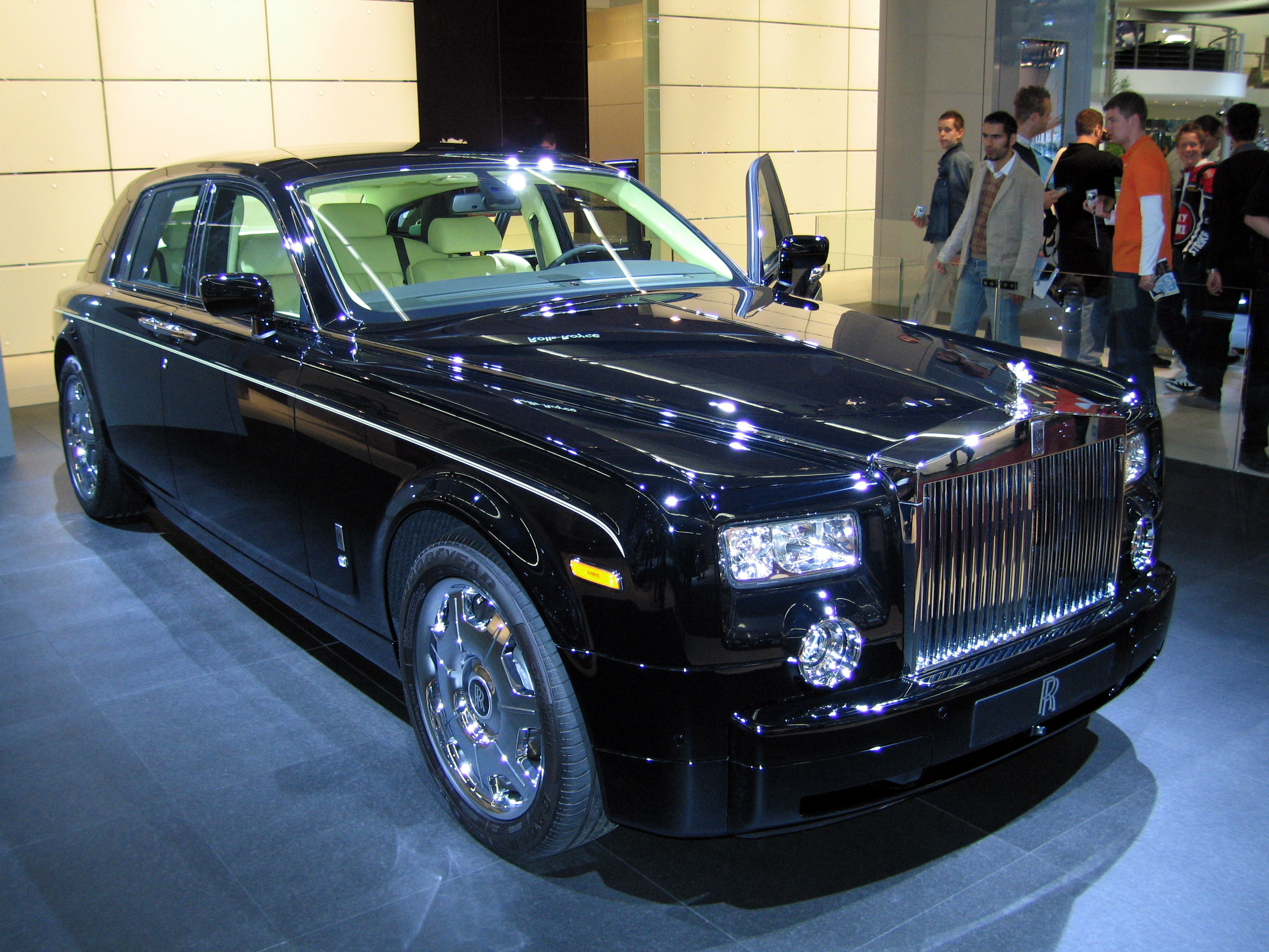 Rolls-Royce Phantom #1