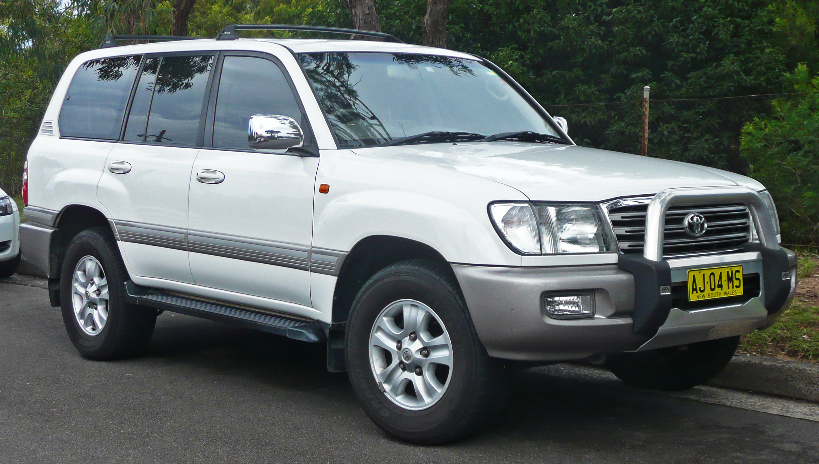 Toyota Land Cruiser #12
