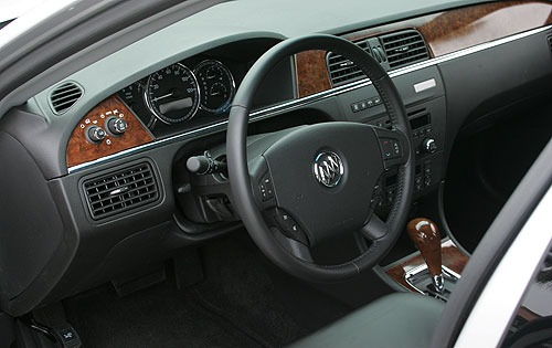 2005 Buick LaCrosse CXS I interior #9