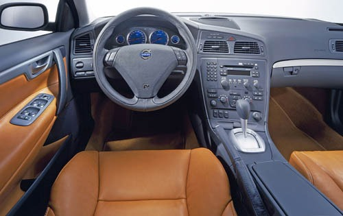 2005 Volvo S60 R Dashboar interior #15