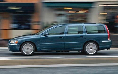 2005 Volvo V70 Image 4
