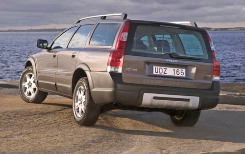 2005 Volvo XC70 4dr Wagon exterior #3