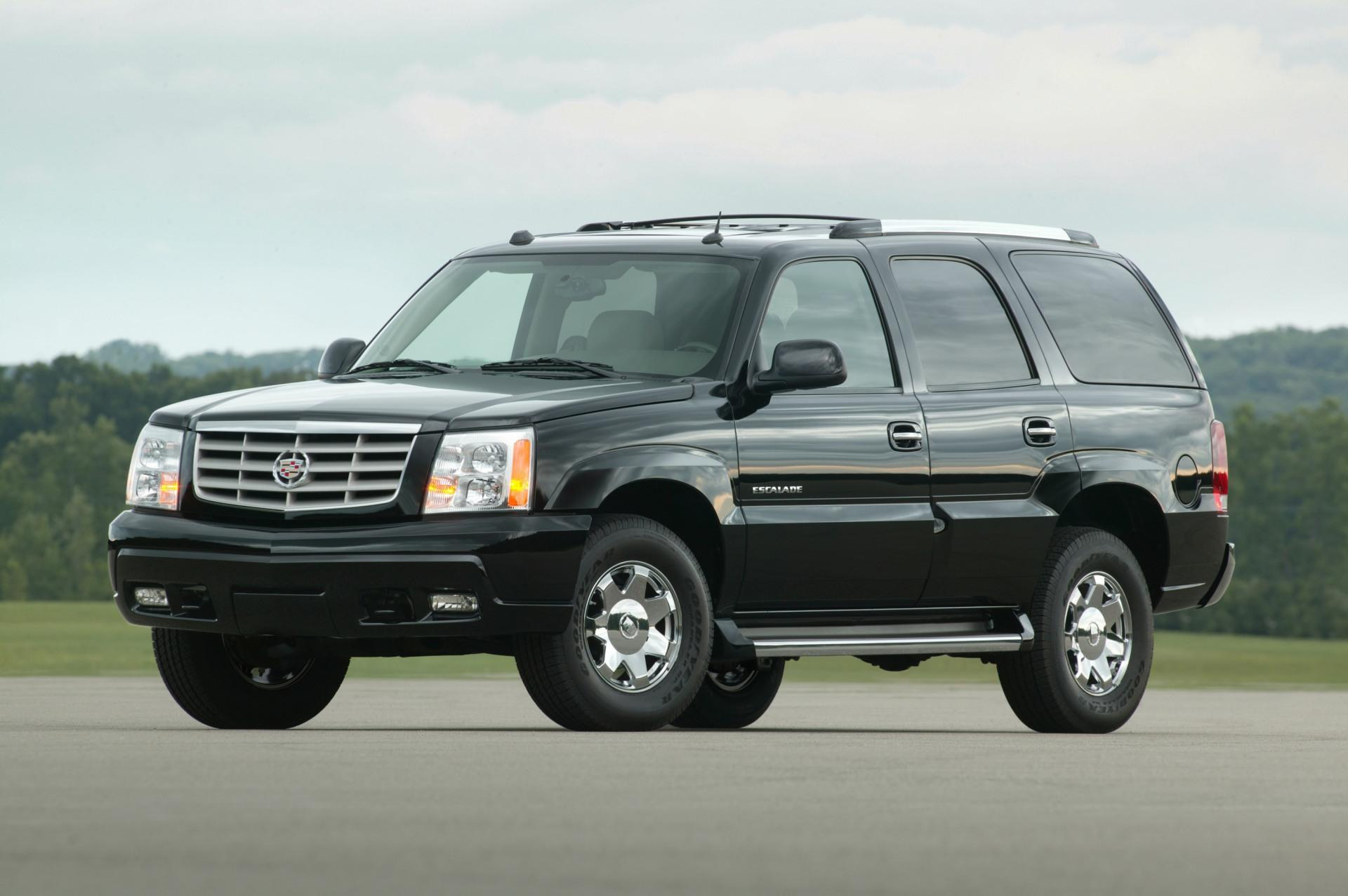 a crew pin trip sale the escalade cab cadillac long with comfortable ext for going