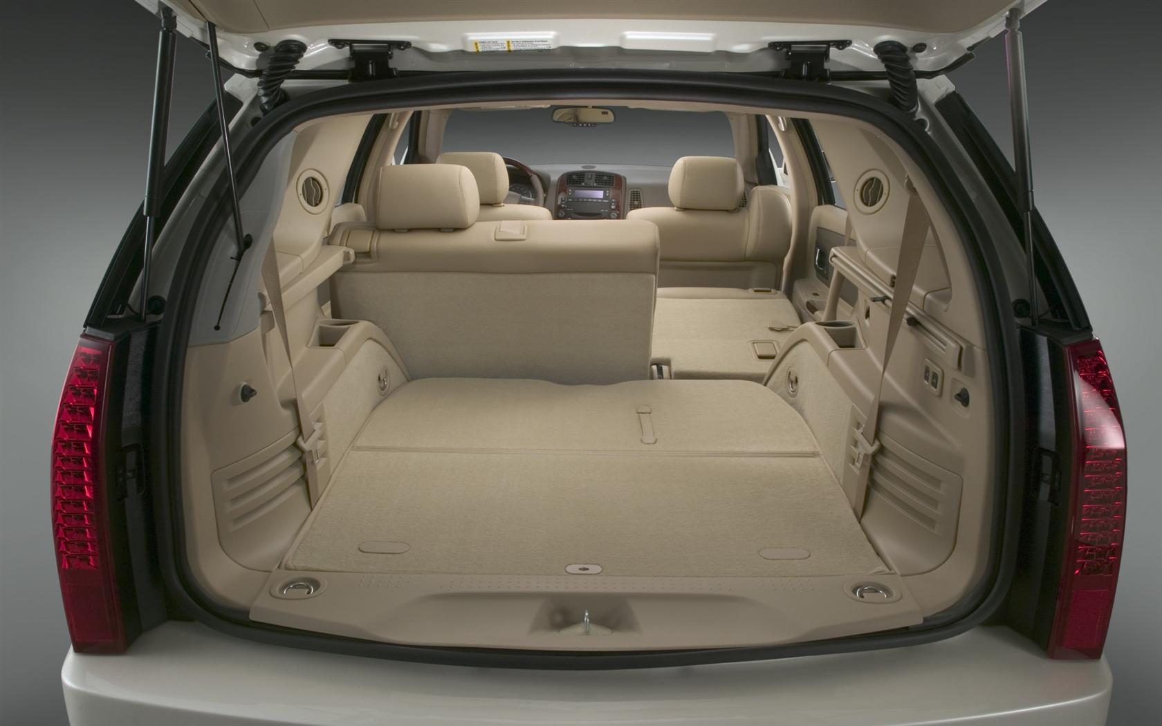 2006 Cadillac Srx 12