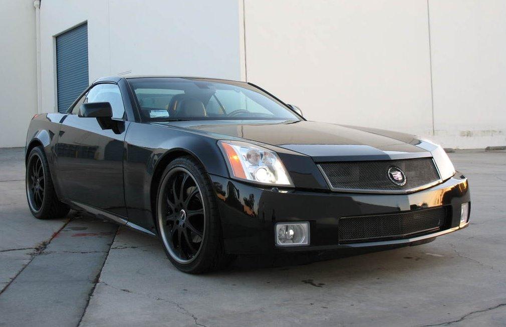 2006 Cadillac XLR-V - Information and photos - ZombieDrive