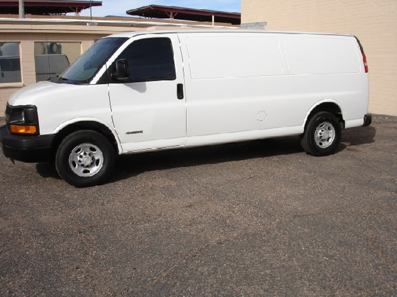 2006 Chevrolet Express Cargo  Information and photos  ZombieDrive