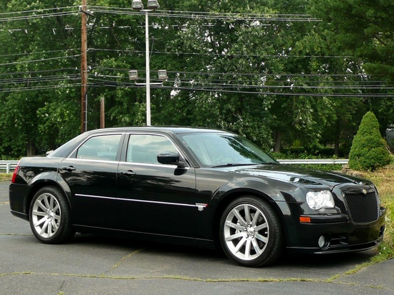2006 Chrysler 300  Information and photos  ZombieDrive