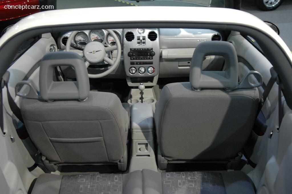 2006 Chrysler Pt Cruiser Image 13