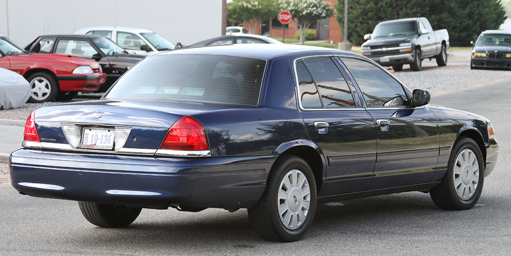Ford Crown Victoria #14