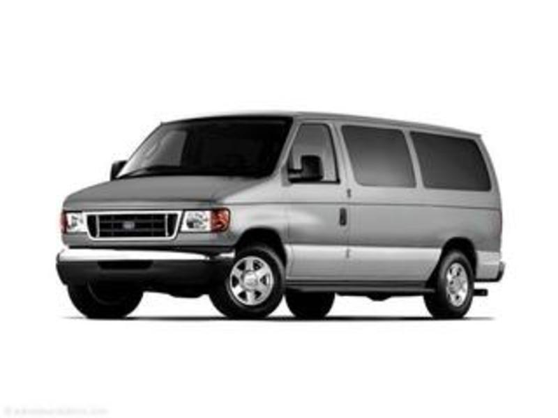 2006 Ford Econoline Wagon Image 16