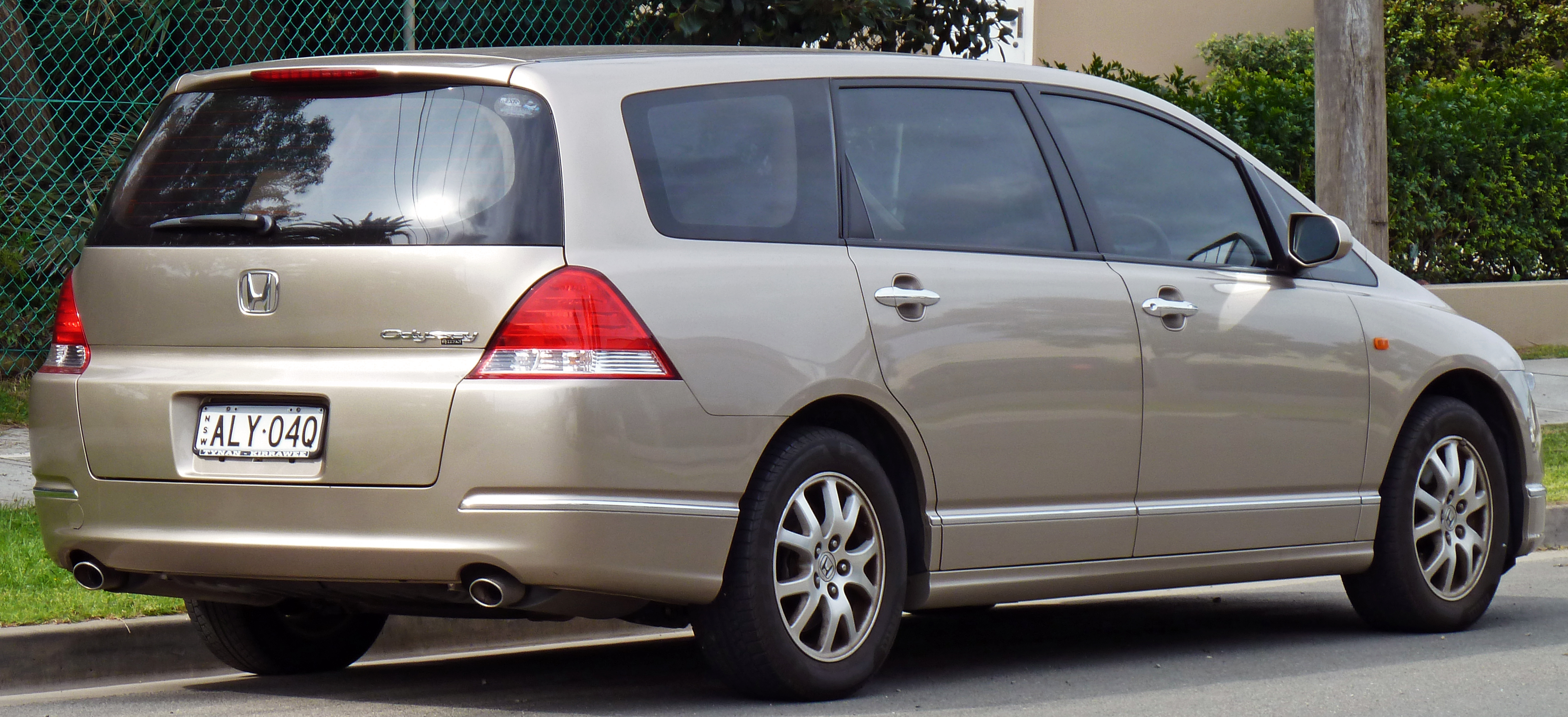 minivan odyssey honda carsguide