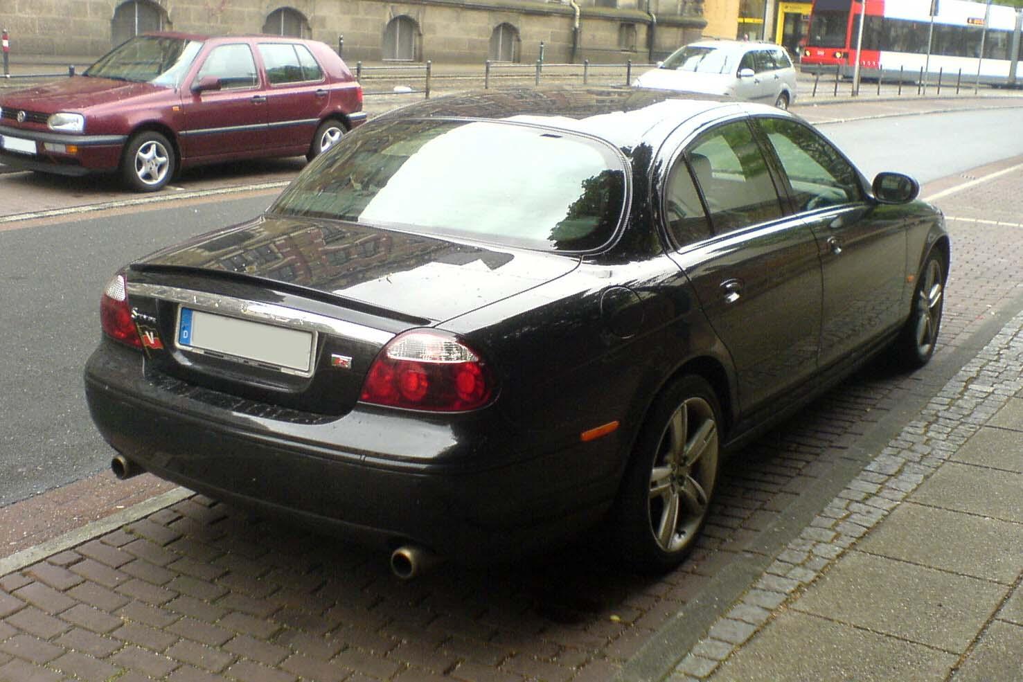 2006 Jaguar S Type Image 21