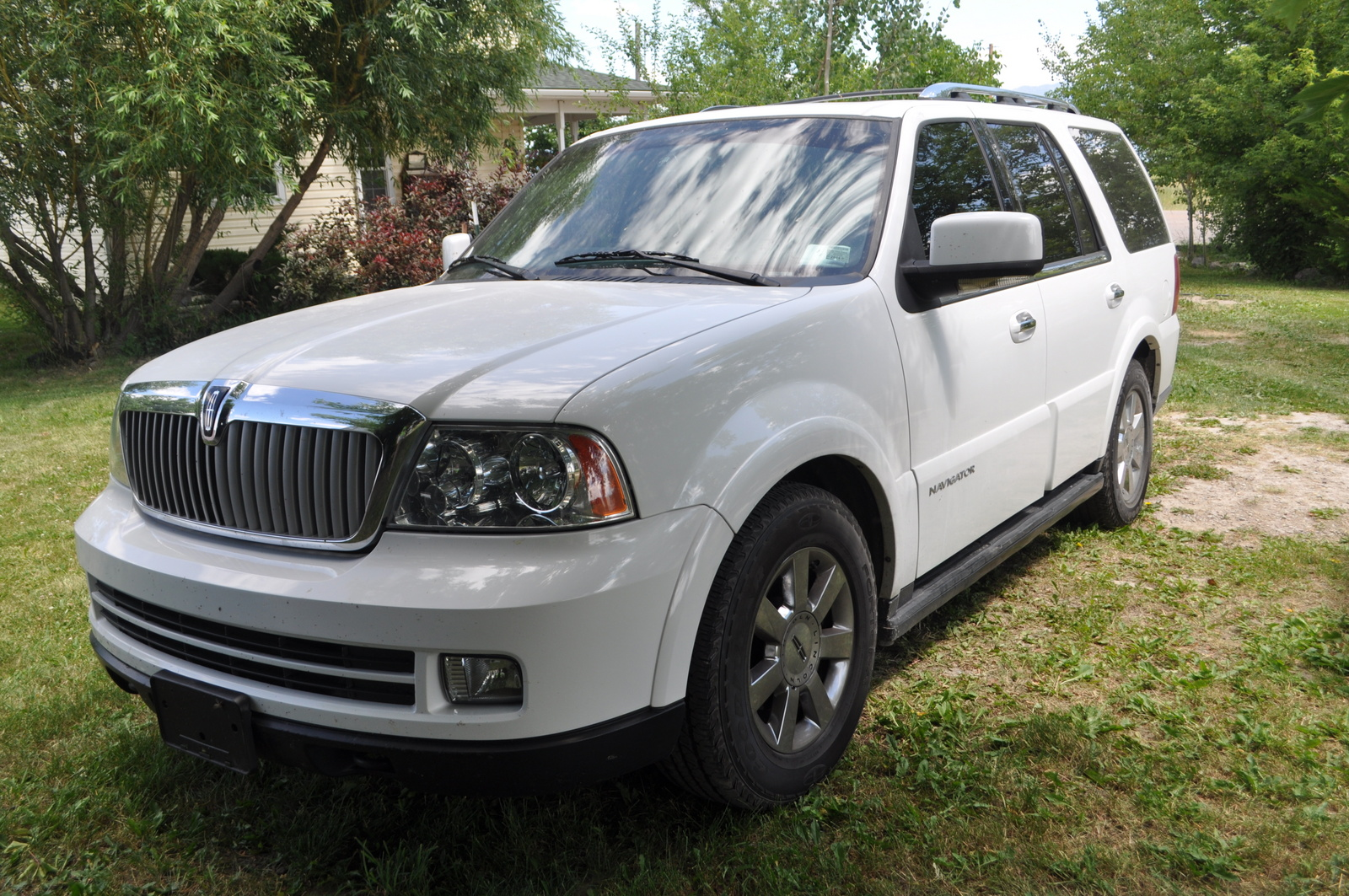 2018 lincoln navigator reviews ratings prices consumer autos post. Black Bedroom Furniture Sets. Home Design Ideas