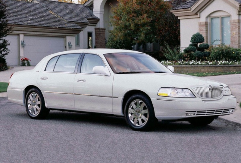 2006 Lincoln Town Car Image 19